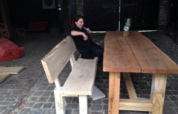Eiken houten bank met bijpassende tafel